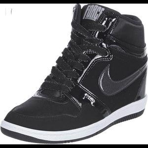 Nike Sky Hi Force black on black wedge sneaker 7.5